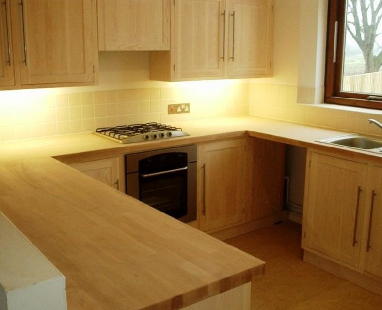 Cucine in legno doppio angolo ESCAPE='HTML'